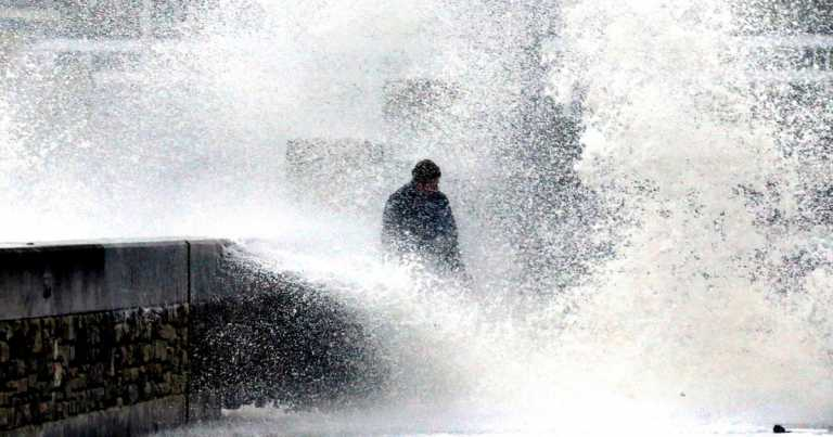 UK braced for 900-mile wide Atlantic storm set to hit this week