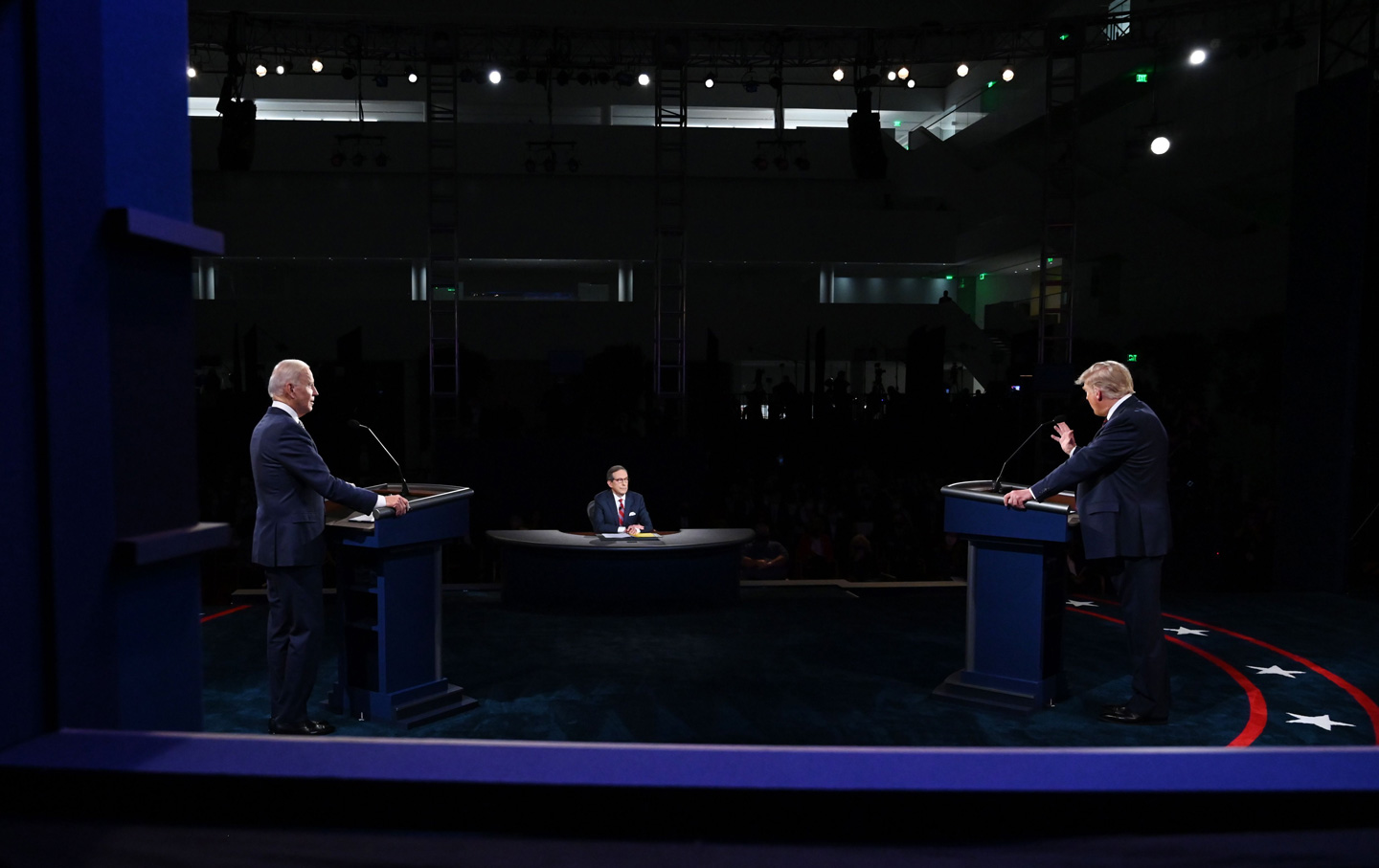 debate-trump-biden-wallace-stage-gty-img