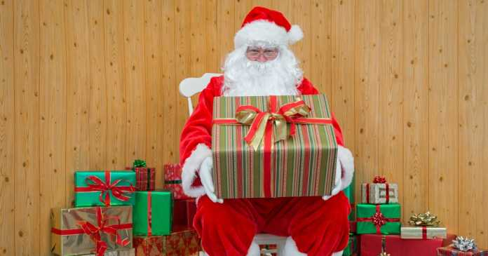 Christmas will be 'tough' this year admits Government scientist