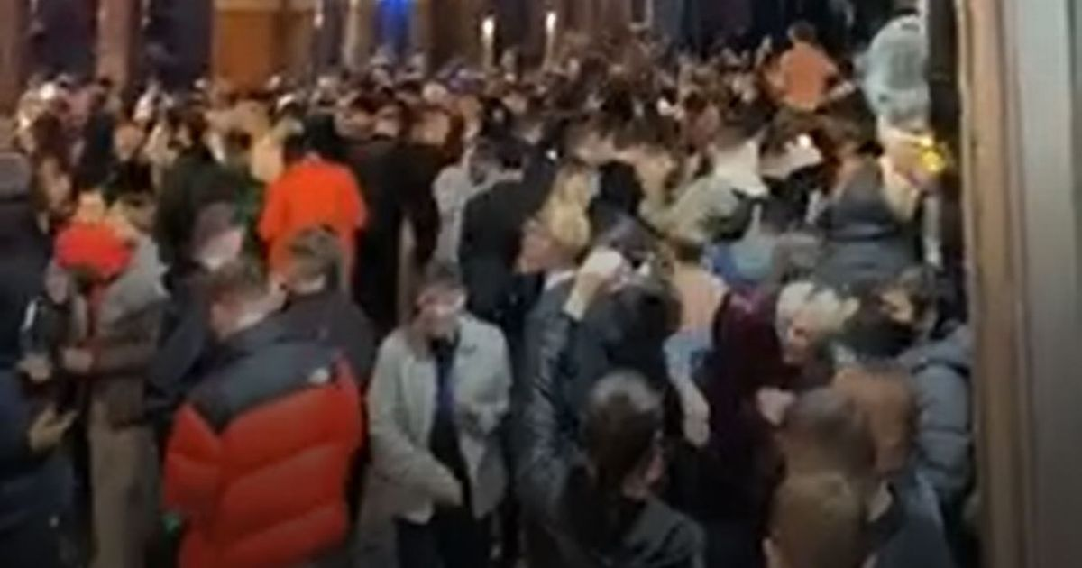 Crowds pack together on eve of tough Tier 3 lockdown in Liverpool