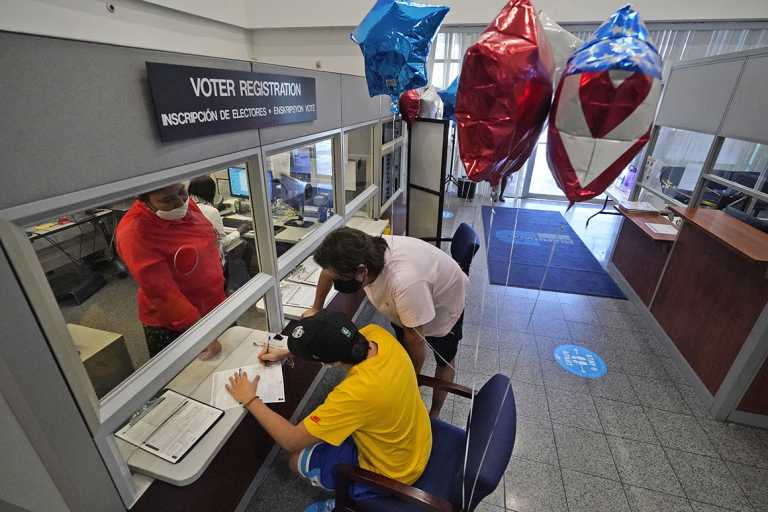 Florida voter registration won't be extended; judge rips state