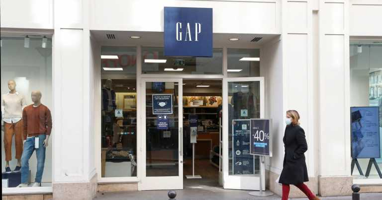 Gap 'considering closing all shops' as at least 70 UK sites may face chop