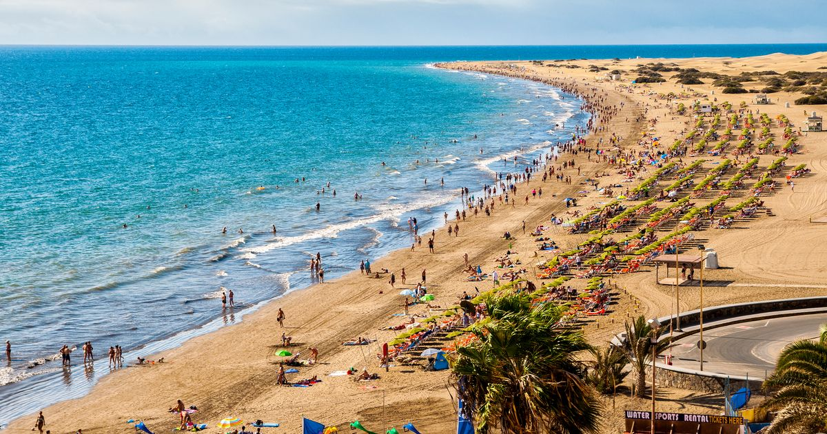 Huge boost for holidaymakers as Canary Islands added to safe list