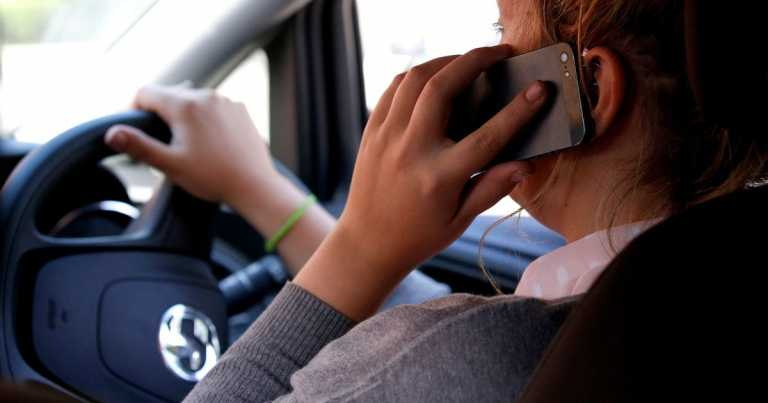 Loophole over mobile phone use by drivers to be closed