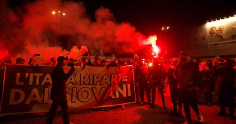 New Covid-19 restrictions in Rome met with protests, clashes with police