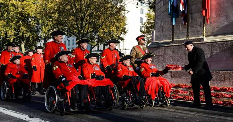 Public urged to mark Remembrance Sunday from home this year