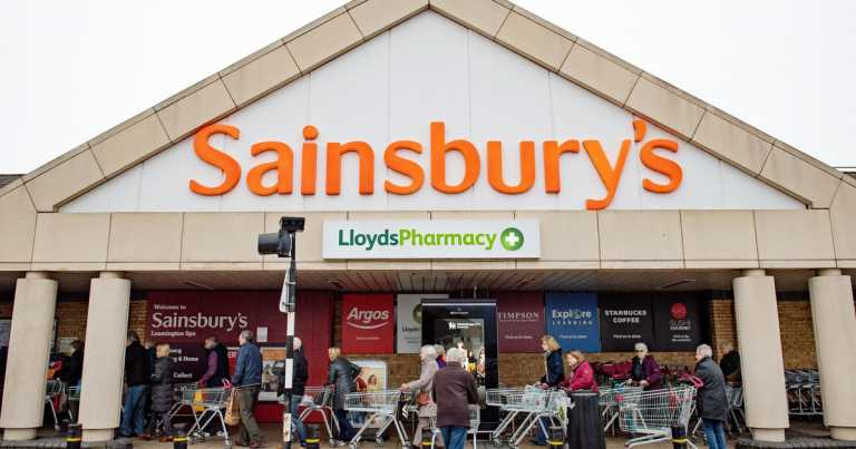 Sainsbury's skillfully shuts down 'white history month' question