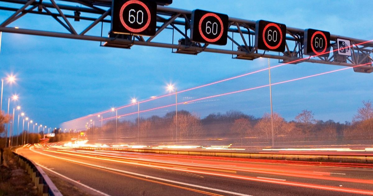 Smart motorways are confusing UK drivers - survey