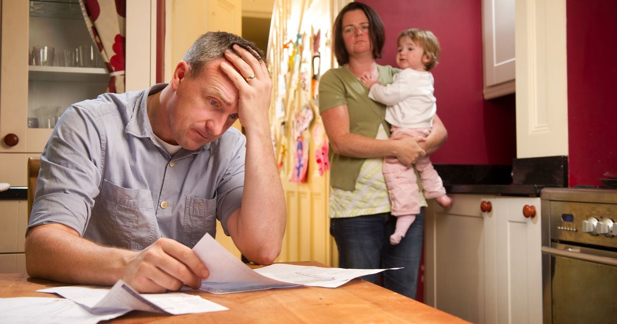 Universal Credit crisis as families plunged into debt