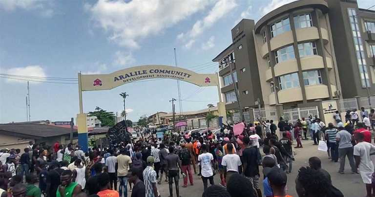 Watch: Police open fire on protesters in Nigeria
