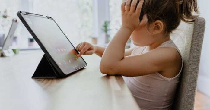 Eight 'dangerous' apps your children are using