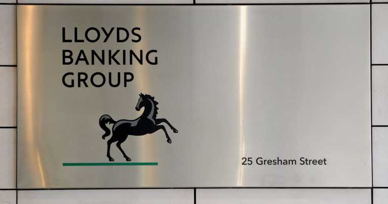 Lloyds Banking Group to cut more than 1,000 jobs