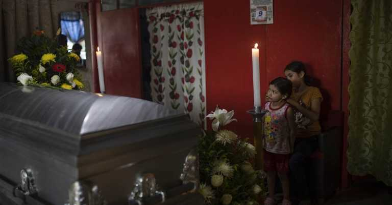 Press groups urge Mexico to investigate journalists' killings, step up protections