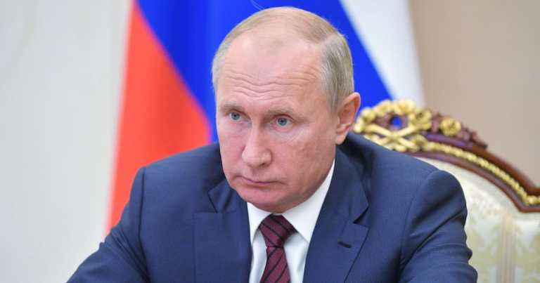 Kremlin denies Putin will quit as president and says he's in excellent health