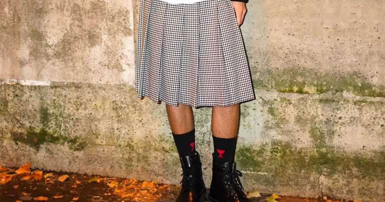 Teenage boys turn up to school in skirts to protest against 'sexist' rule