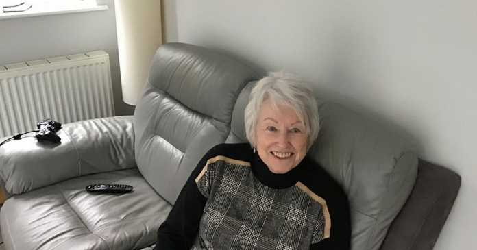 The great-gran who plays video games for 8 hours a day