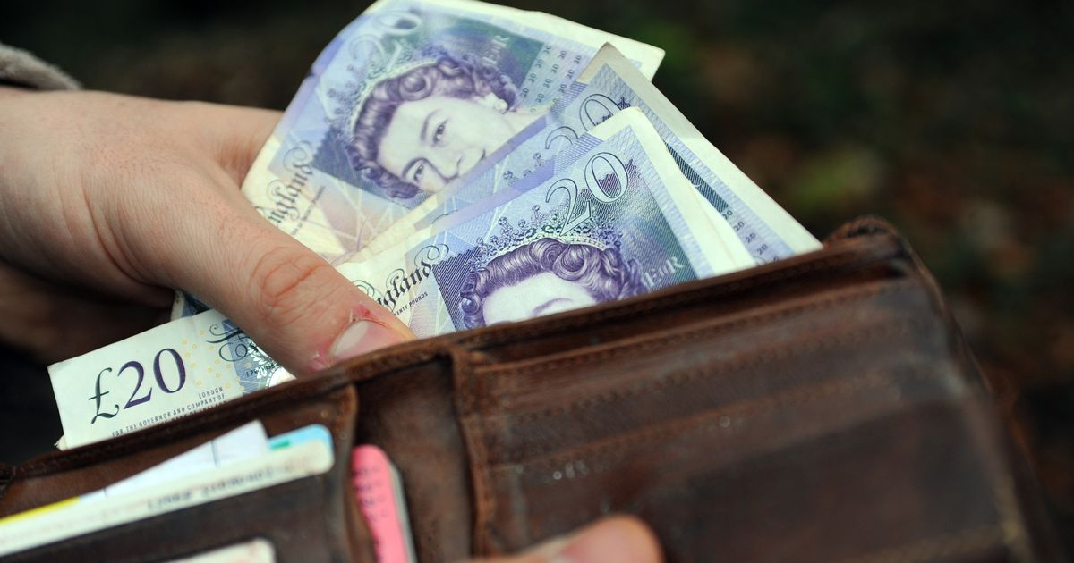Universal Credit cut for self-employed halted as Covid rule change kept in place