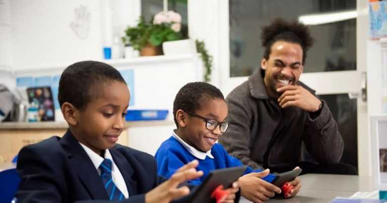 Vodafone giving free phone connection to 250,000 children in UK