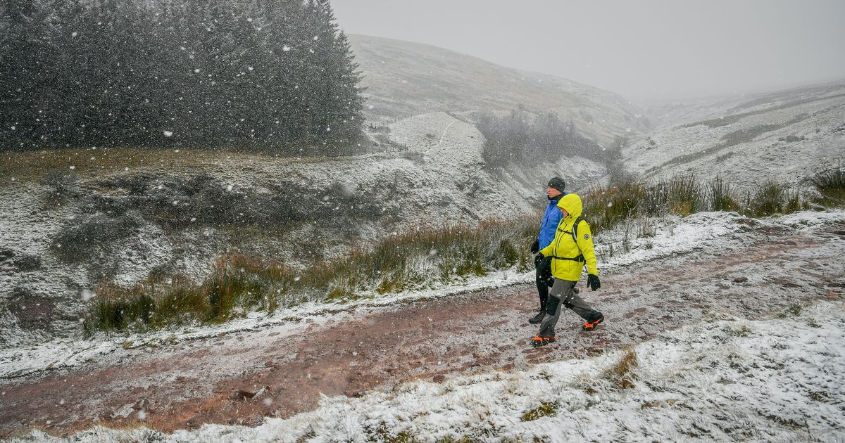 Much of the UK to be hit by cold snap amid ice and snow warnings