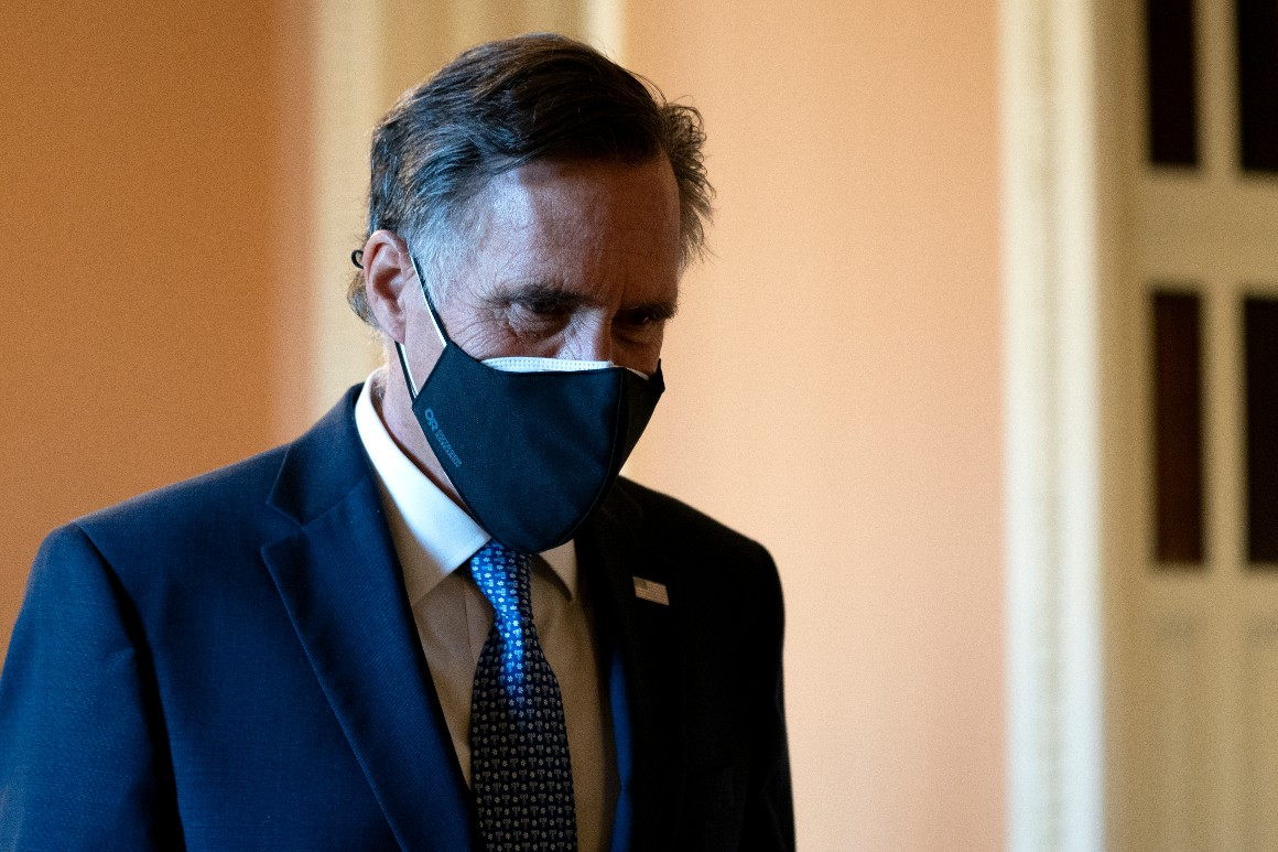 Romney says Russia attacked U.S. with no fear of reprisal