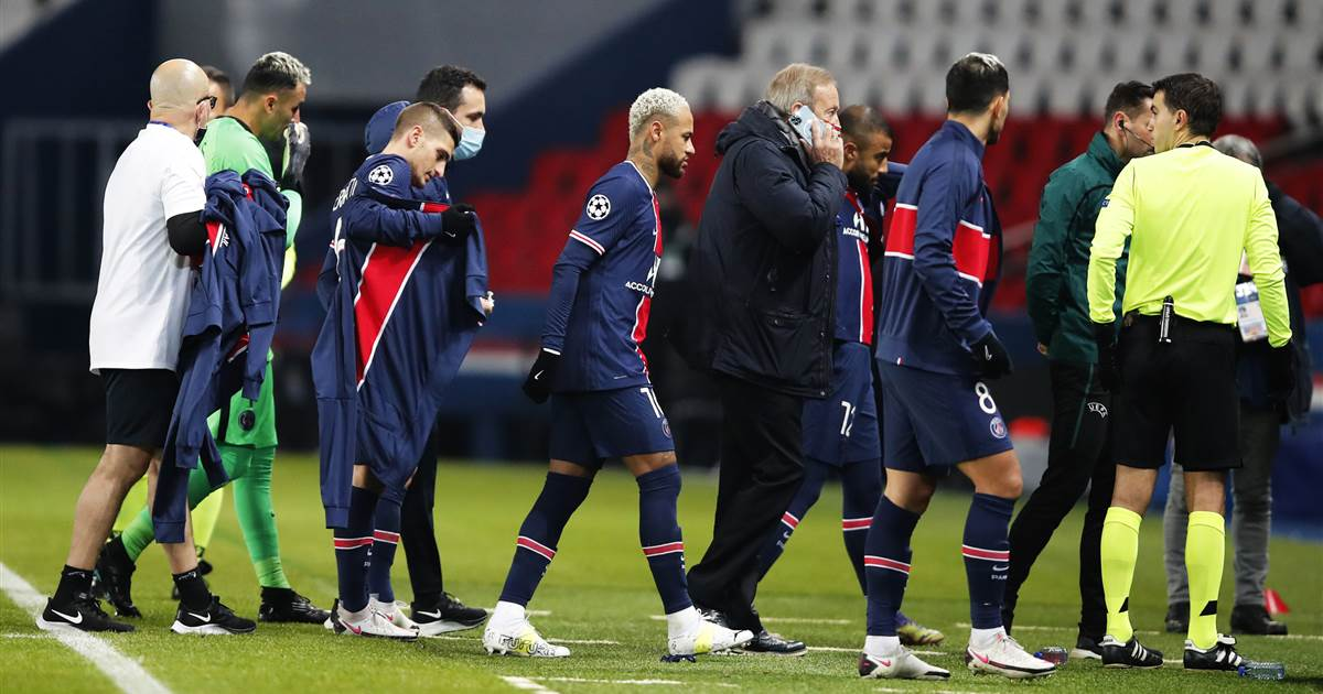 Soccer players walk out of match in Paris after referee accused of making racist remark