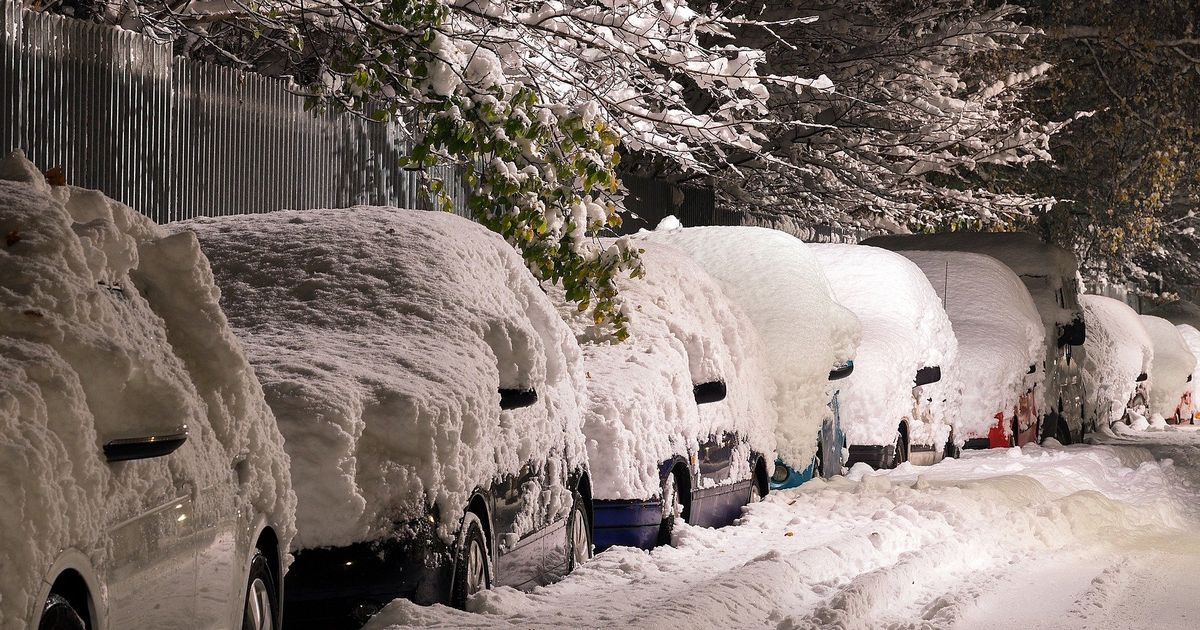 The winter survival kit you should carry in your car