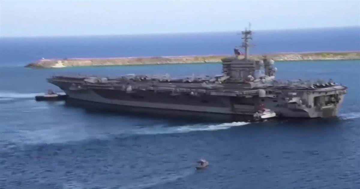 U.S. flies bombers over Persian Gulf to deter Iran from attacks