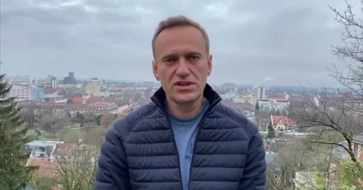 'Russia is my country': Kremlin foe Navalny plans to return Sunday