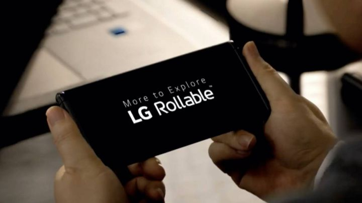 LG reveals its LG Rollable at CES 2021