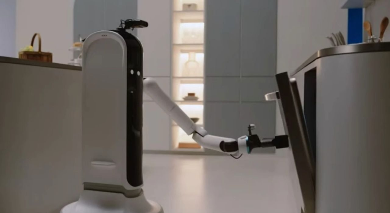 Household robot that puts the dirty in the dishwasher
