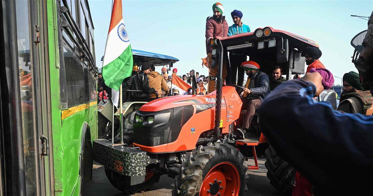 Angry farmers storm India's Red Fort on Republic Day