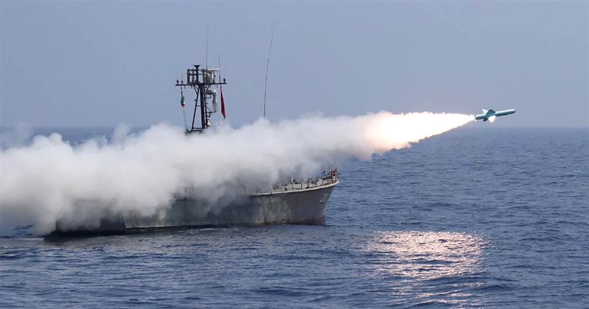 Cruise missiles tested during extensive Iranian naval exercises
