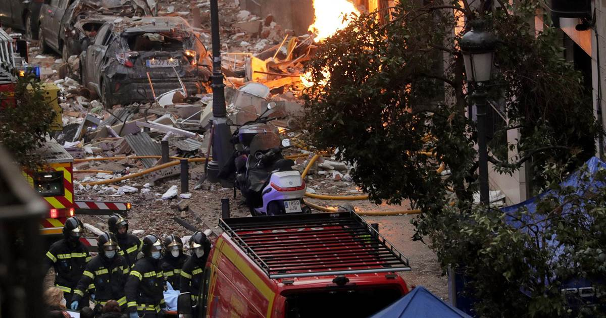 Deadly explosion smashes building in Madrid, Spain