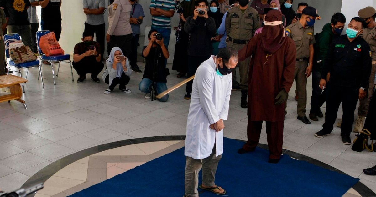 Gay couple caned 77 times each for having sex in Indonesia