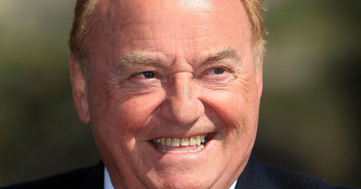 Gerry and the Pacemakers star Gerry Marsden dies