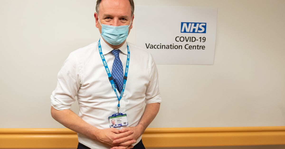 Lockdown will be lifted between spring and summer, says NHS chief