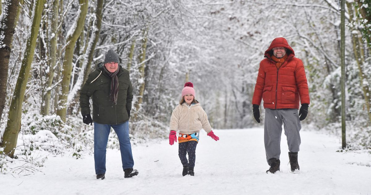 Met Office warns of possible power cuts as amber snow alert is issued