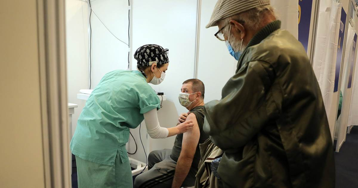 Paralyzed by Covid, Israel bids to be first country to vaccinate its way to safety