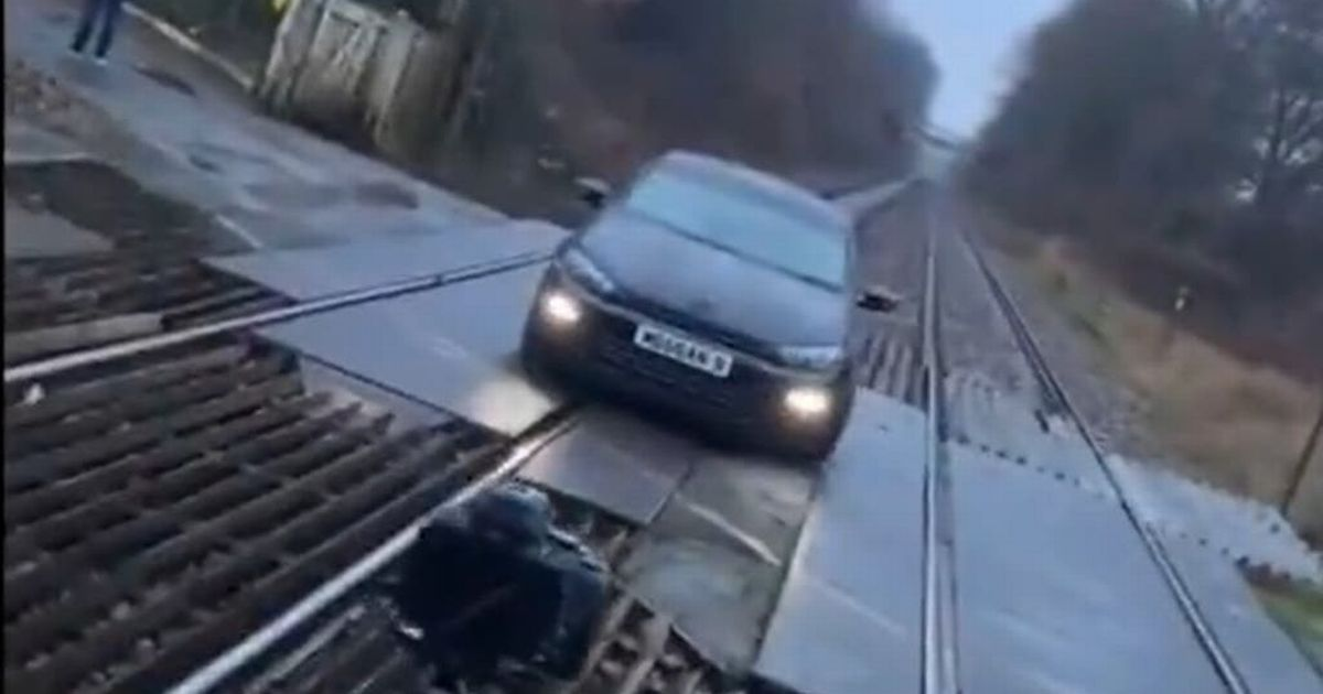 Police slam TikTok video of car parked on railway line for photoshoot