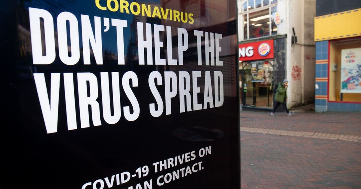 R value of coronavirus infection rate drops to between 0.8 and 1