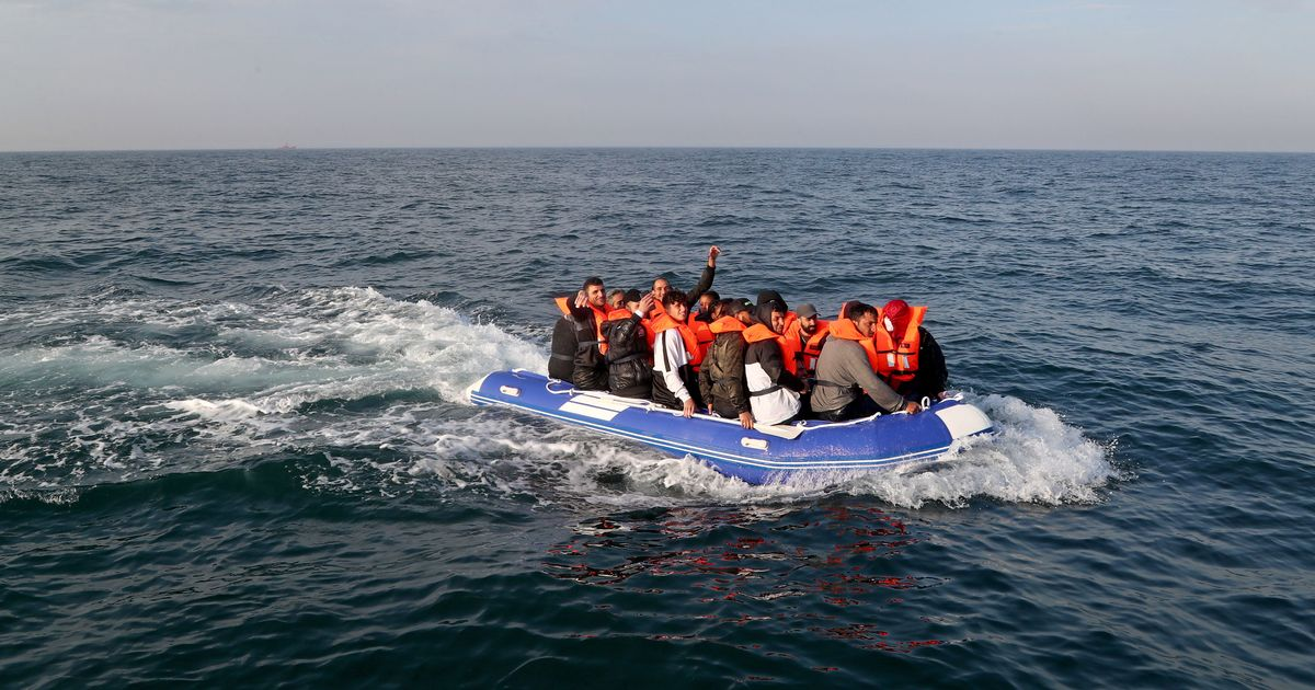 Record numbers of refugees make dangerous English Channel crossing during 2020