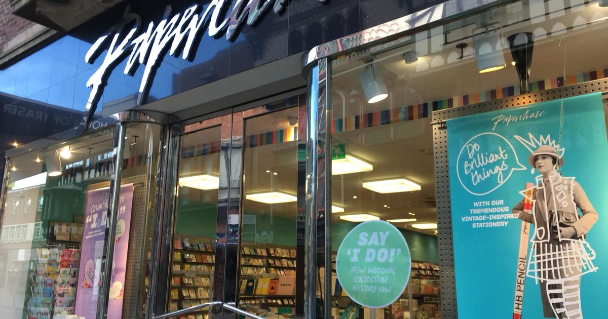 Stationery chain Paperchase on brink of collapse