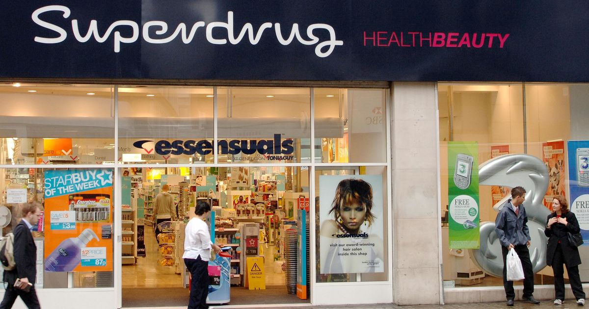 Superdrug to offer Covid vaccine at five major English pharmacies
