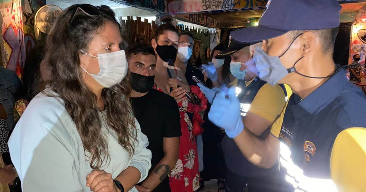 Thai police arrest 89 foreigners at bar party for flouting Covid regulations