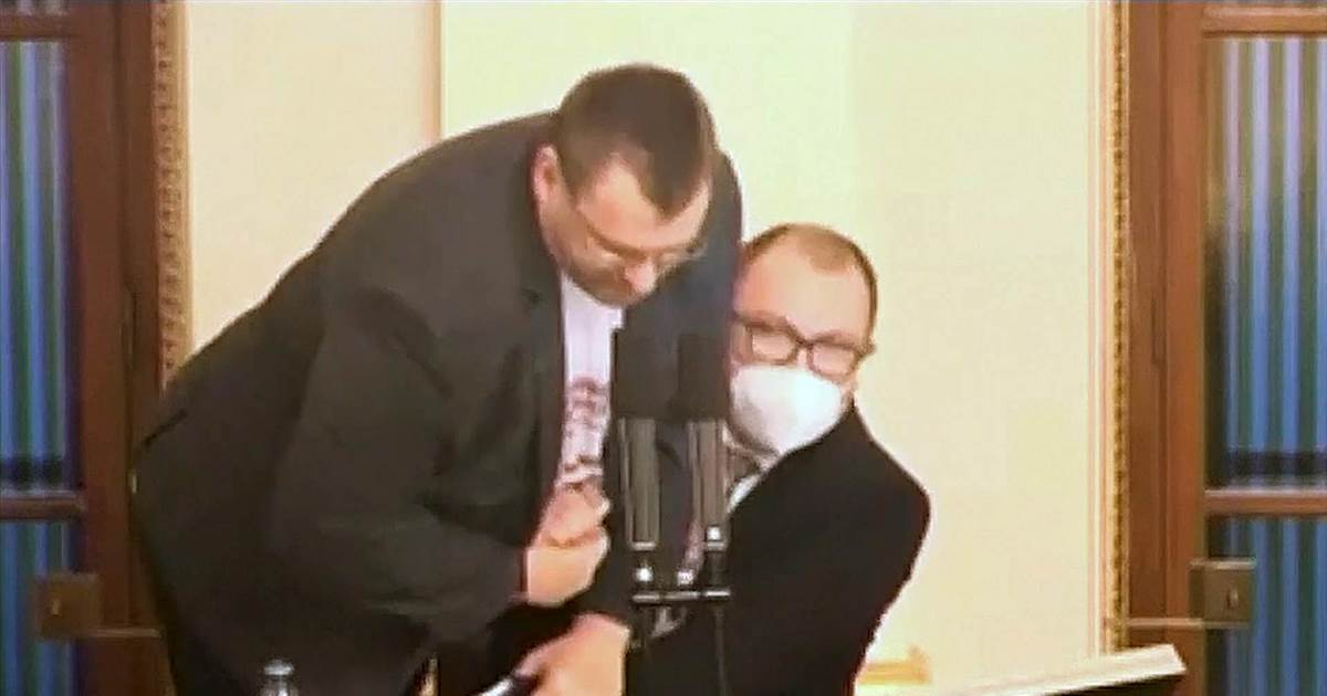 Watch: Angry lawmakers scuffle over mandatory mask wearing, Covid emergency