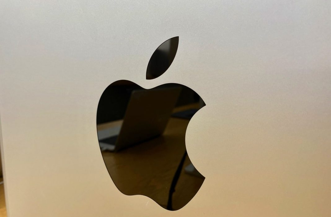 New tips on Apple patent-pending VR and AR headset