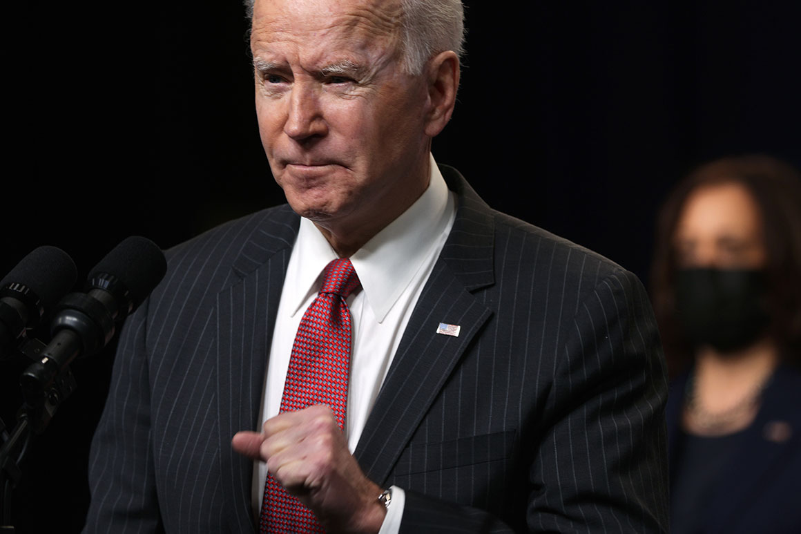 Biden formally ends Trump's national emergency declaration at the border