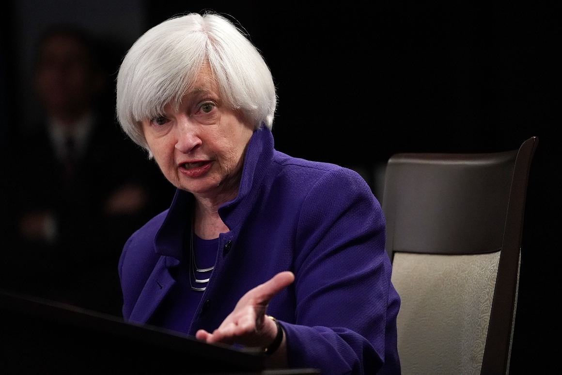 GameStop frenzy prompts Yellen to call meeting with SEC, Fed