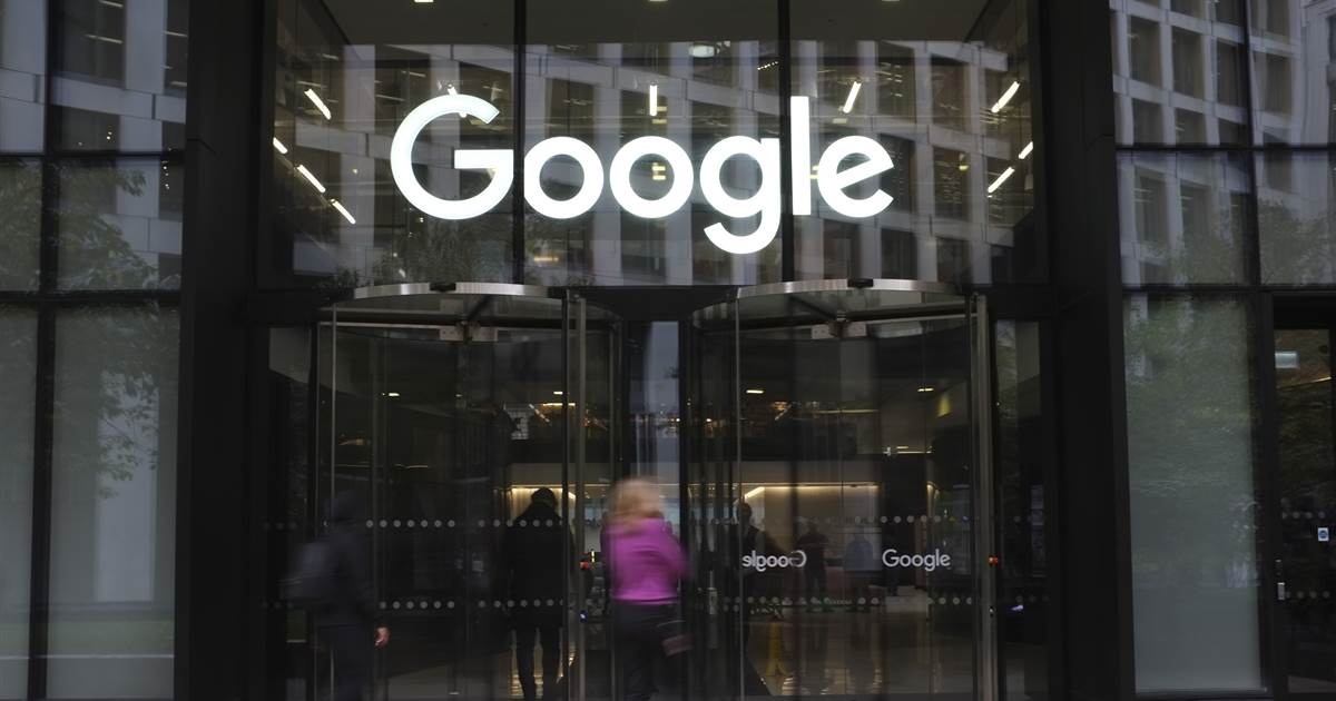 Google, Facebook would pay for news in lump sums under new Australian law