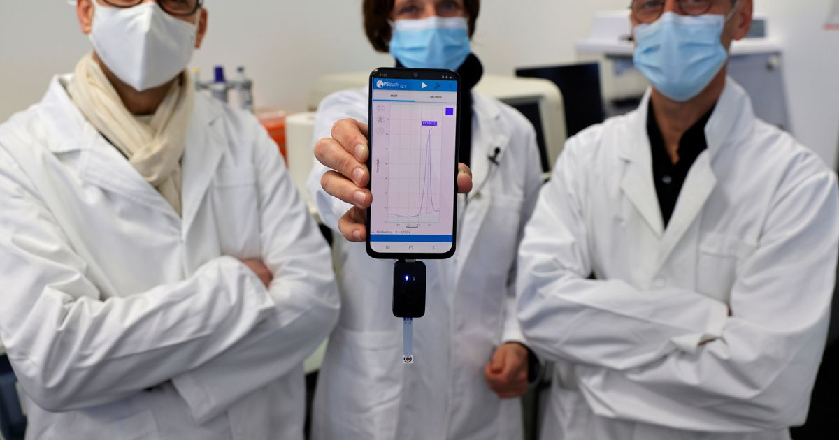 Groundbreaking new Covid test that gives results on smartphones in ten minutes